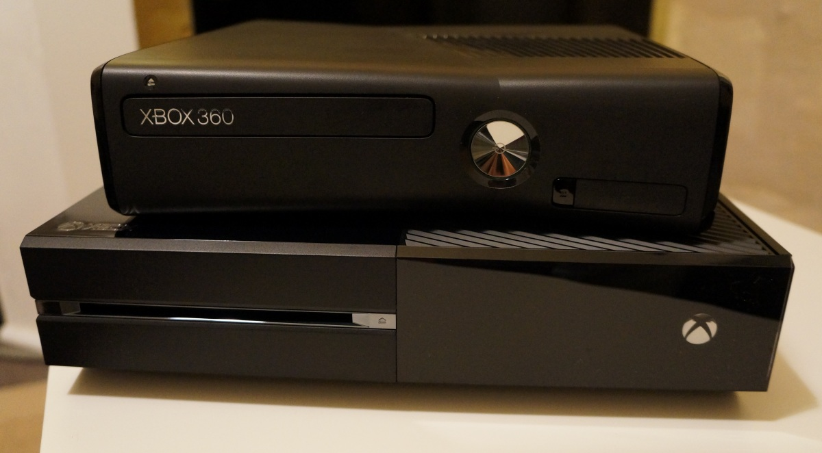 Xbox 360 vs. Xbox One | Middle Of Nowhere Gaming