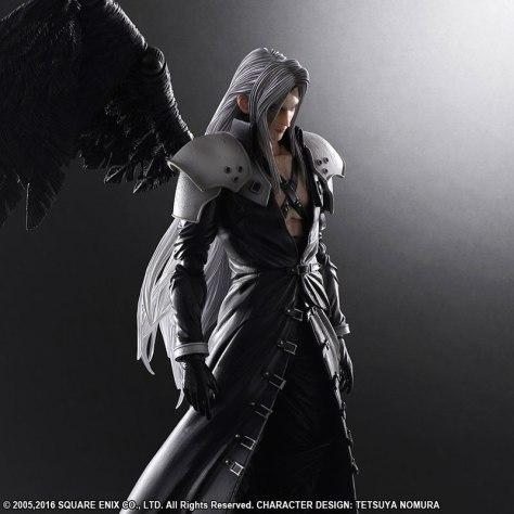 FF7-Sephiroth-Play-Arts-Kai-002