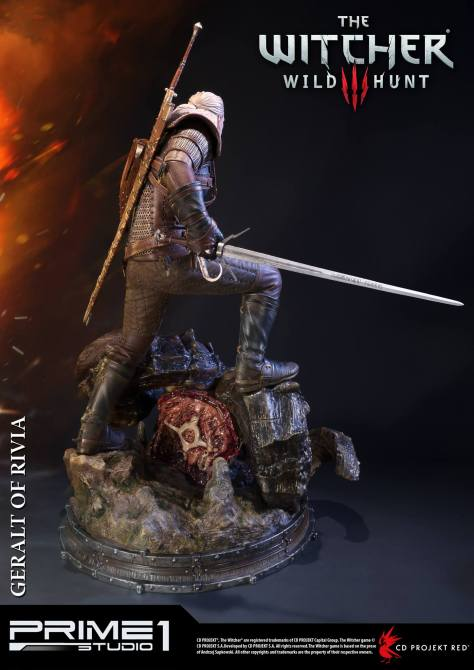 witcher-3-geralt-of-rivia-statue-010